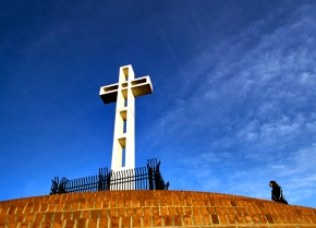 Mt. Soledad cross supporters make final cry for battle